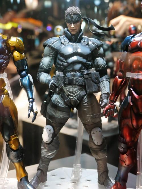 Play Arts Kai Metal Gear Solid Snake figure